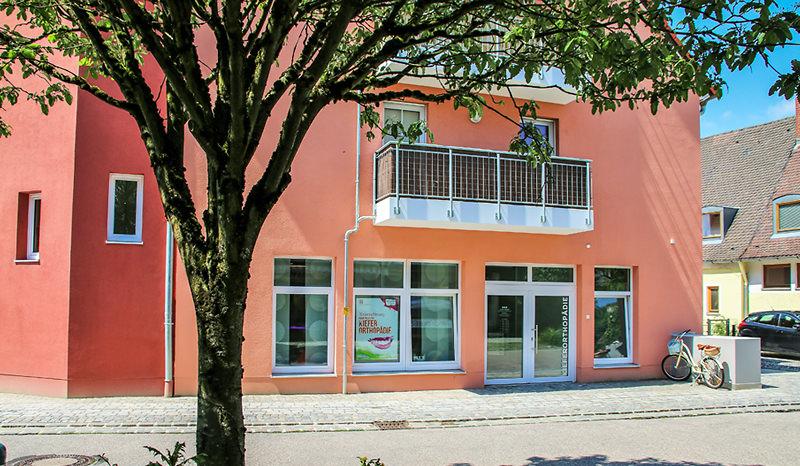 Janine-Wieder-Kieferorthopaedie-Kirchseeon-Praxis-A